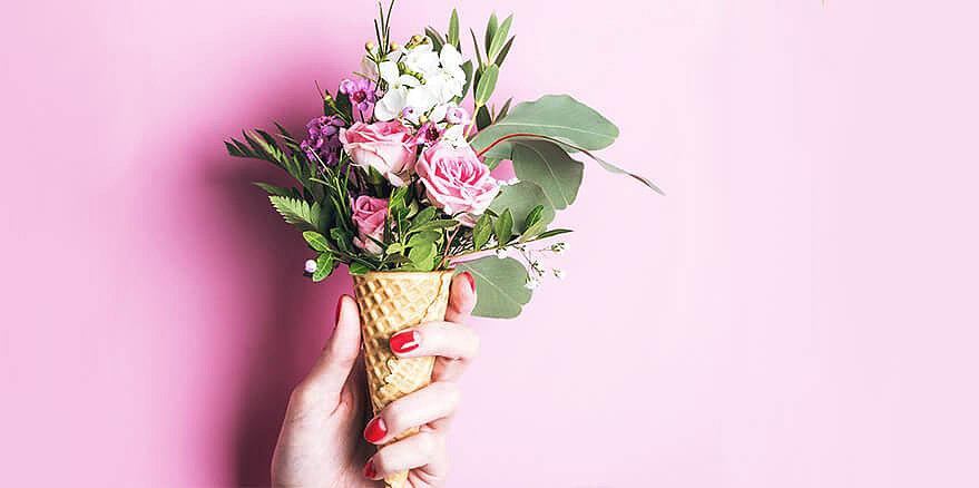 Цветочный комплимент – сюрприз по поводу и без