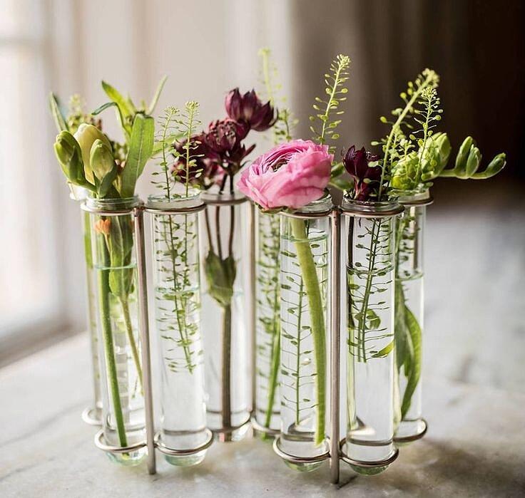 Прозрачные вазы во флористическом дизайне