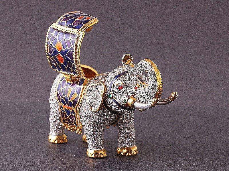 Статуэтка слона: значение и особенности выбора